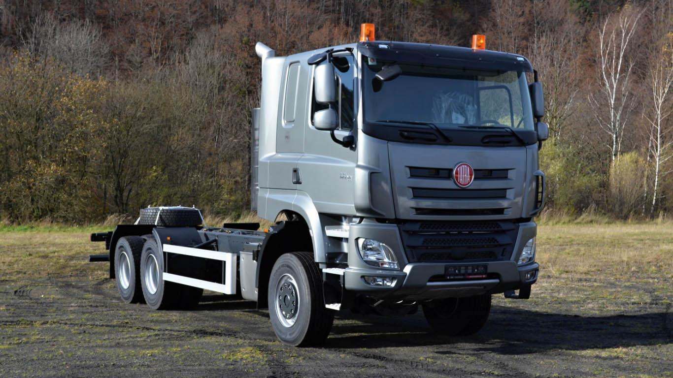 Cap Tractor TATRA T 158